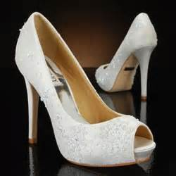 memorable wedding white wedding shoes some important tips - Wedding Shoes White