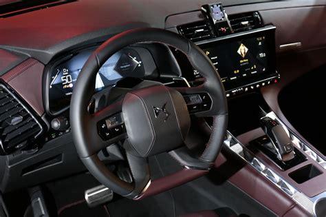 qashqai nissan interior le ds7 crossback face aux suv premium audi mercedes et
