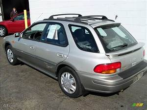 Sport 2000 Gray : 2000 silverthorn metallic subaru impreza outback sport wagon 20994692 photo 5 ~ Gottalentnigeria.com Avis de Voitures
