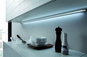 Reglette Led Sans Fil : r glette led en applique lugano blanc froid ~ Edinachiropracticcenter.com Idées de Décoration