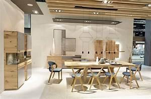 Table de repas design tema en chene for Meuble salle À manger avec chaise en chene