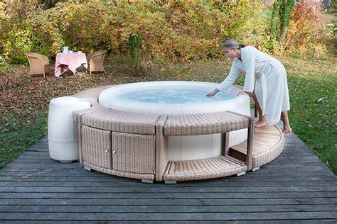 Whirlpool Softub by Softub Whirlpools Aqua Saar