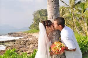 hawaiian wedding hawaii wedding vendors