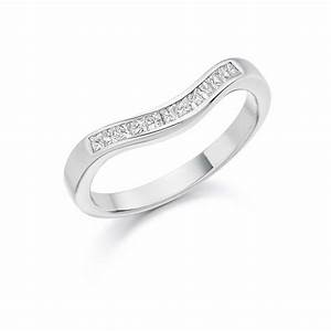 Platinum 025ct princess cut diamonds curved band vintage for Platinum princess cut wedding rings