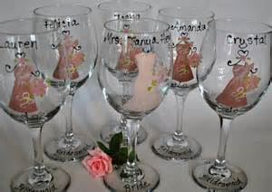 wine glass wedding favors painted bridal wedding wine glasses by thetoasthostess
