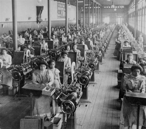 Imparare con la Storia: 75 La società nella seconda metà