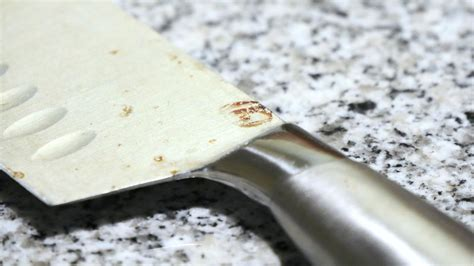 how to get stains out of kitchen sink remove rust stains from kitchen knives with vinegar cnet 9746