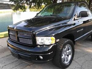 Dodge ram pick up truck have two door | Mitula Cars
