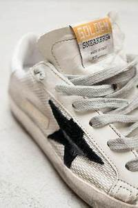 Nettoyer Puma Suede : i 39 m loving the come back of the adidas originals superstar check these metallic inserts though ~ Melissatoandfro.com Idées de Décoration