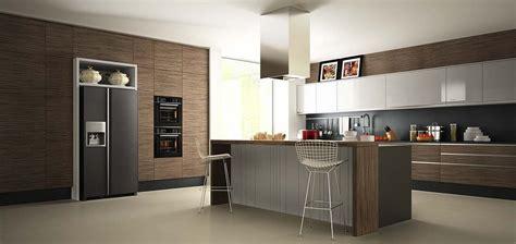 cuisine mobalpa ou schmidt cuisines modernes design laquées avec ou sans poignées pau 64