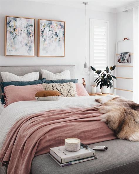 modern chic bedroom ideas 25 best ideas about modern chic bedrooms on modern bedroom decor modern chic decor