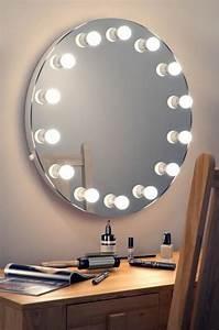 comment choisir le luminaire pour salle de bain With miroir rond salle de bain avec eclairage