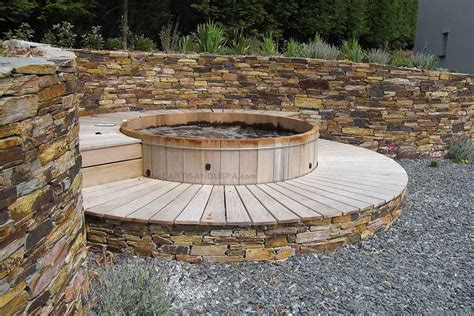 spa en bois bain nordique jacuzzi en bois hot tub spas