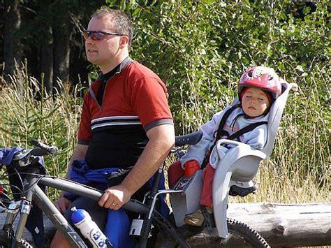 si鑒e hamax s dětmi na kole 2 zadní cyklosedačky zkuste to nakole cz cyklistika cykloturistika cestování na kole