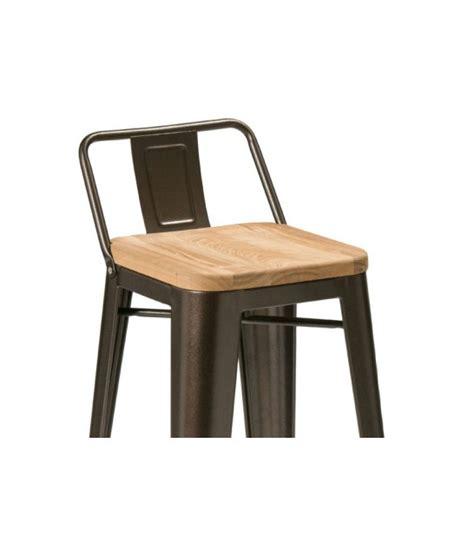 chaise métal industriel table basse sur roulettes en métal et bois style