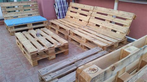 but canaper canapé chaise banc un meuble en palette pour tous