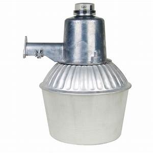 Utilitech watt silver metal halide dusk to dawn