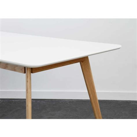 canapé blanc angle table à manger scandinave en bois skoll by drawer