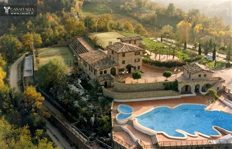 luxury hotel  sale  marche