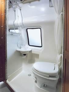 Dusche Neben Toilette : campervans van camper camperco ~ Markanthonyermac.com Haus und Dekorationen