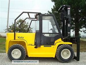 Yale 13500 Lb Capacity Forklift Lift Truck Pneumatic Tire