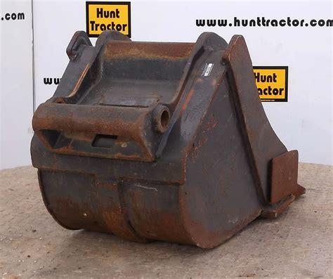 hunt tractor   bobcat  bobcat  change class ii mini excavator bucket  sale
