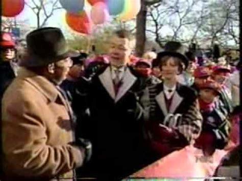 2002 macy 39 s thanksgiving parade intro