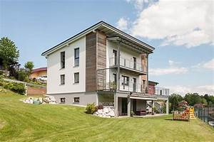 Haus Bauen Beispiele : hausbau der hang zum hang immo region west immobilien ~ Markanthonyermac.com Haus und Dekorationen