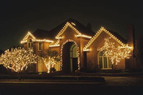 lighting    christmas  naples florida