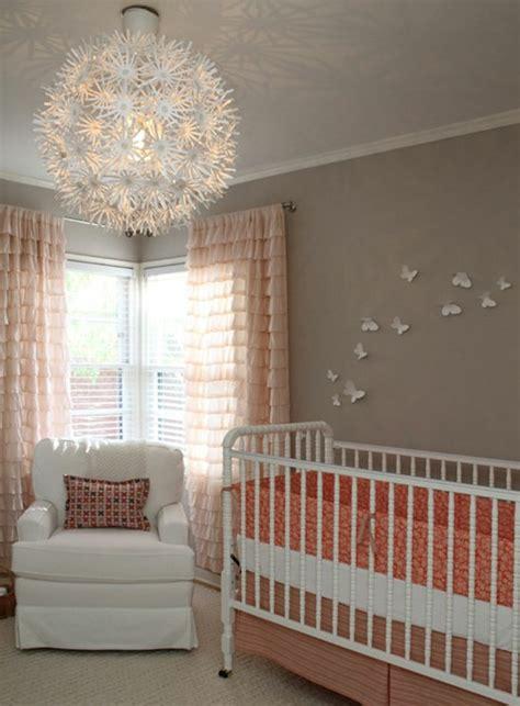 le chambre bébé choisir le plus beau lustre chambre bébé à l 39 aide de 43