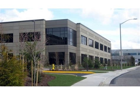 Spacex Redmond Office by 5 Fast Facts About Spacex Seattle And Its Local Office Space