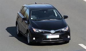 Avis Toyota Auris Hybride : test toyota auris 1 8 hsd hybride 136 cv 23 23 avis 16 7 20 de moyenne fiabilit ~ Gottalentnigeria.com Avis de Voitures