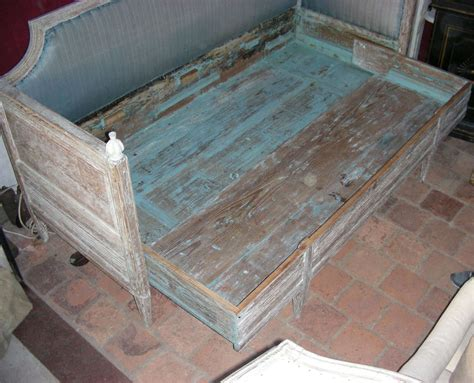 Swedish Banquette Bed At 1stdibs