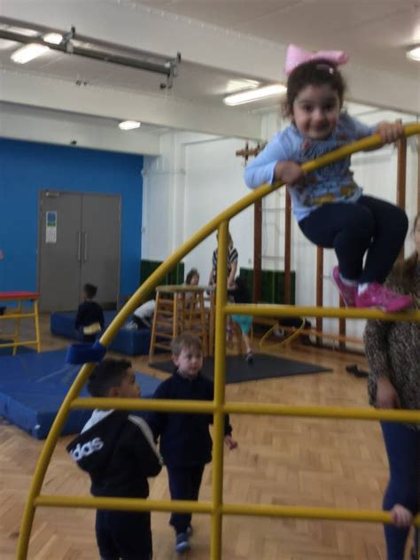 physical play brecknock primary school