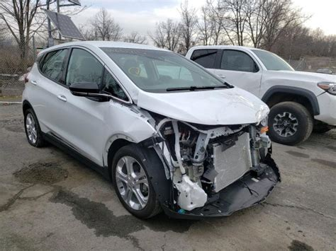 The bolt's gearshift wasn't as intuitive as i would have liked. Salvage 2020 Chevrolet Bolt Hatchback For Sale | Salvage Title