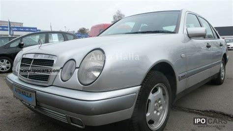 1996 model mercedes e 200 kılasık benzinli tüplü bu kilometrede nadir dir (235.000 de ) matoru yüzde 85).alt takımı hatasıs tavan. 1996 Mercedes-Benz E 200 Classic towbar / alloy wheels / eGSHD / € 2 - Car Photo and Specs