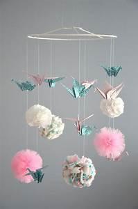 1000 idees sur le theme pompons en tissu sur pinterest With tapis chambre bébé avec boite en carton pour fleurs