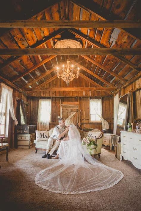 barn wedding venues  michigan michigan wedding venues