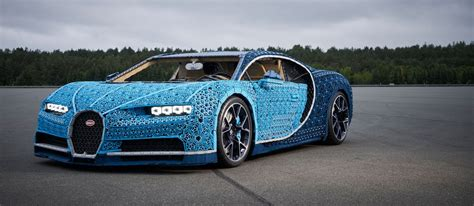 The lego bugatti chiron is fully functional and can fit two passengers inside. LEGO — Bugatti Chiron / peopleofdesign
