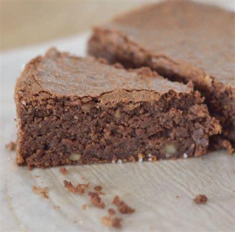 dessert poudre de noisette g 226 teau fondant au chocolat noix noisettes