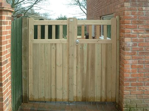 garden fencing gates gallery block paving patios