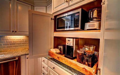 Kitchen Renovation Tips And Trends For 2016 How To Put In A Laminate Floor Buy Cheap Flooring Online Got Wet Wood Is Thicker Better Cleaner Reviews Or Engineered