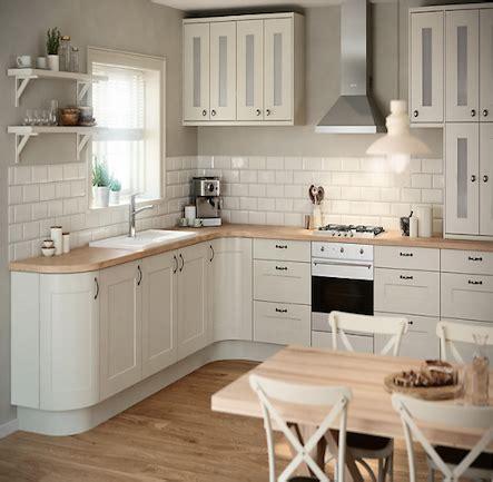 Kitchen Ideas B And Q by B Q It Stonefield Classic Style Kitchen Kitchen