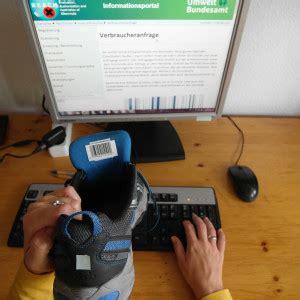 Per Raumluftanalyse Schadstoffe Identifizieren by Versteckte Gefahr Pfc In Outdoor Kleidung Umweltbundesamt
