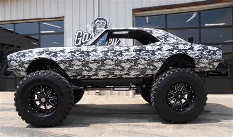 gas monkeys  camaro monster truck brings monster bucks