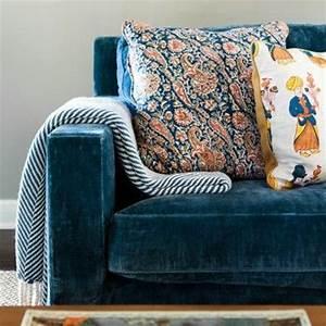 Best blue velvet sofas blog roger chris for Contemporary velvet sectional sofa