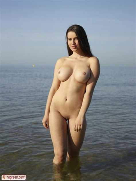 Showing Porn Images For Yara Nude Porn