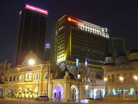singapore s oldest bank ocbc is bank in southeast asia to use blockchain technology for