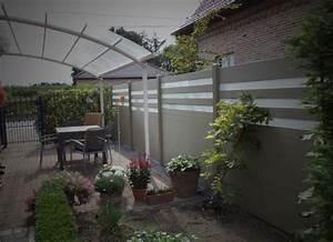 Palissade De Jardin : une palissade dans le jardin pour se prot ger des voisins ~ Melissatoandfro.com Idées de Décoration