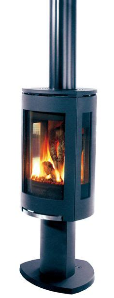 free standing gas fireplace 1000 images about free standing fireplaces for sea ranch